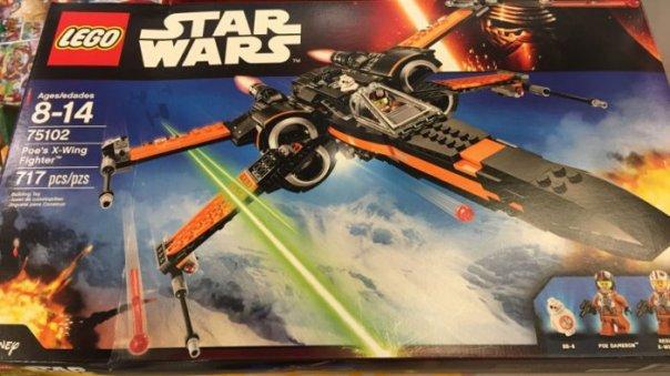 Star-Wars-The-Force-Awakens-Lego-2